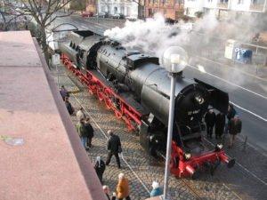 Vorabkündigung : Weihnachten auf der Hafenbahn @ Frankfurt/Main, Eiserner Steg