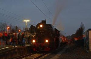 """Jubiläumssonderzug zur """"Nacht des Feuerzaubers"""" @ Dampfsonderzug zur """"Nacht des Feuerzaubers"""""""